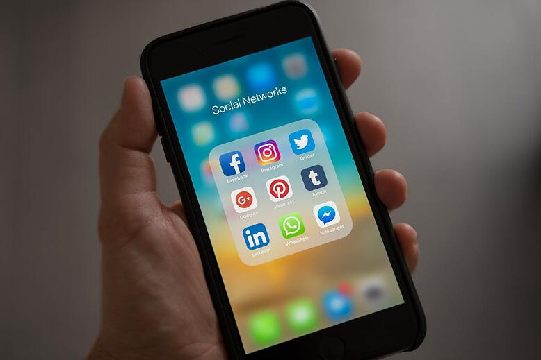 8 top tips for using social media to help grow your HR consultancy